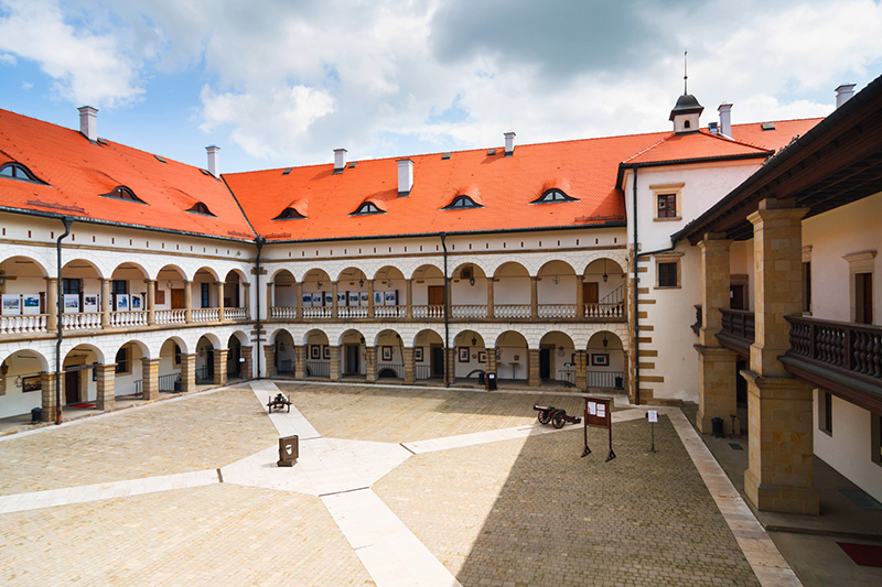 Polish castles and palaces - 5 days Image 7