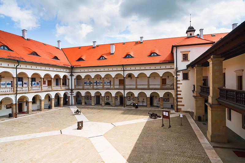 Polish castles and palaces - 5 days Image 7