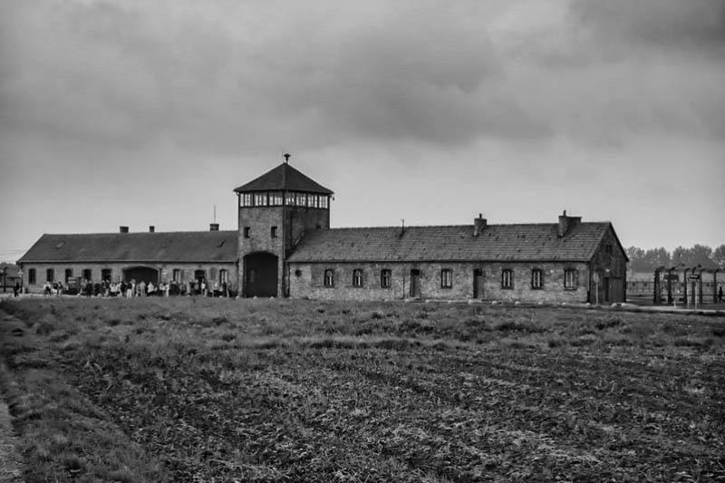 Auschwitz-Birkenau Memorial and Museum Visit Image 4