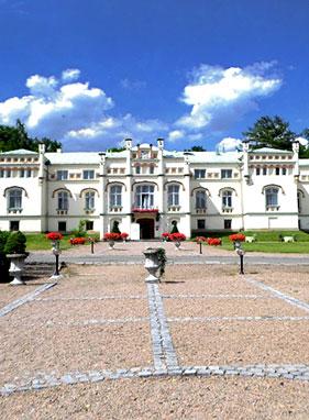 Paszkówka, Krasiczyn Castle